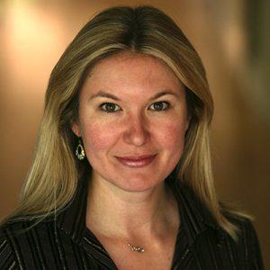 Gisele Raulik Murphy headshot