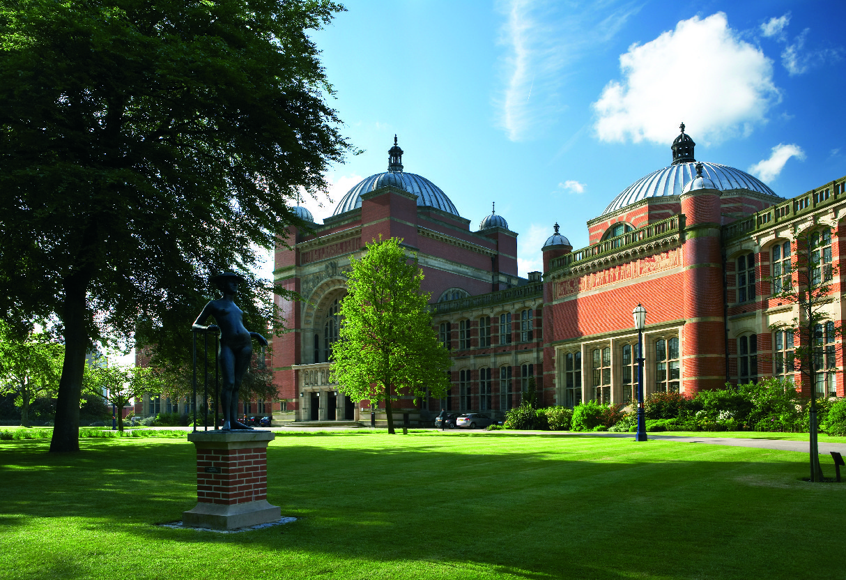 What's it like to study with a UK university?