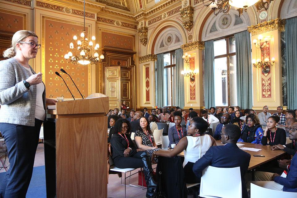 Harriet Matthews, Africa Director at the FCO, addresses Chevening Scholars